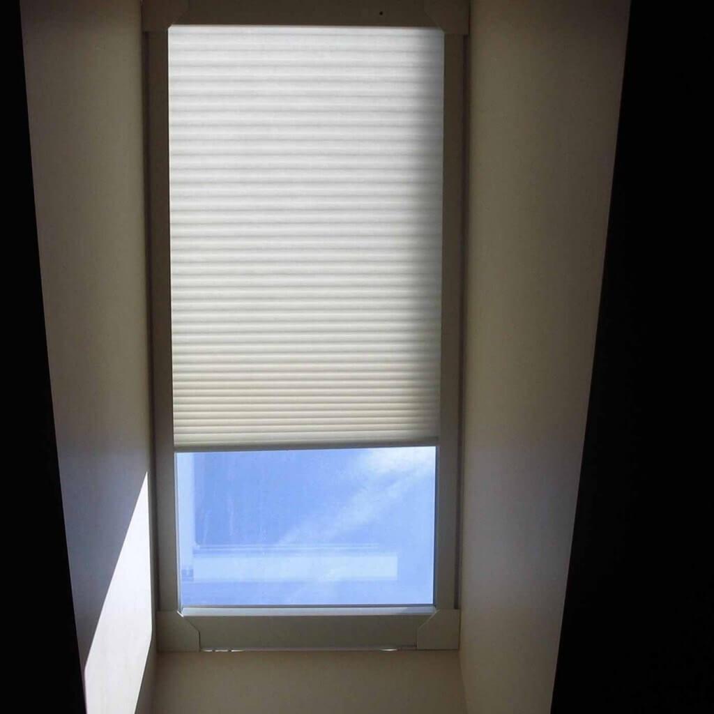 blind-adventures-winnipeg-skylight-blinds-design-solution-02-1024x1024